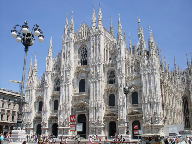 A view on the Milan Cathedral from Piazza del Duomo, Milan, Italy.