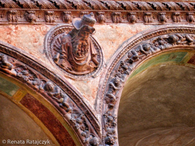 A details from cloister area, Certosa di Pavia, Italy.
